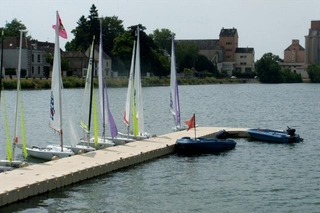 floating-docks-sailing-sports-competition.jpg