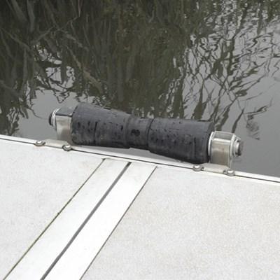 rouleau de mise l eau pour ponton flottant easyfloat. Black Bedroom Furniture Sets. Home Design Ideas