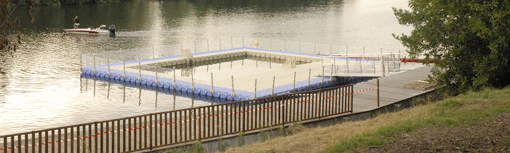 Une piscine flottante sainte livrade sur lot for Piscine modulaire