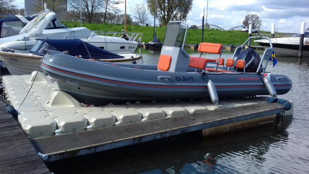 Drive-on Dock : Boat Lift   Photos - Dock marine Europe